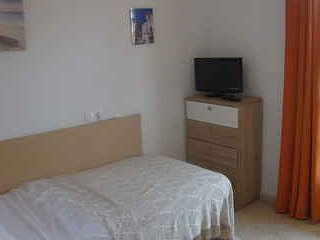 single bedroom with roomsbikeanddive, Algeciras