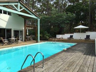 Villa de standing avec piscine sur le Golf, Lacanau-Océan