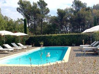 Charmant gite classé***piscine,WIFI,à seulement 15km Aix-en-Provence,4 couchages, Fuveau