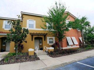 3 Bedroom townhome on secure gated Terra Verde Resort near Disney, Kissimmee
