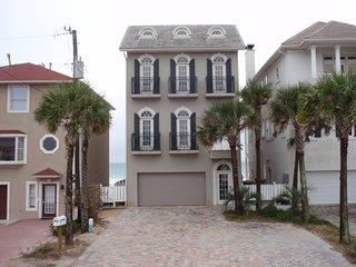 Waterfront/ w-elevator negotiable on all weeks, Destin