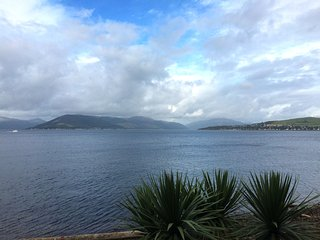 Watrefront Apartment with Beautiful Views, Gourock