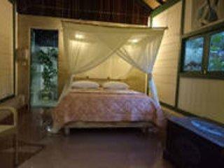 Mi Casa, Romantic bungalow in lush garden
