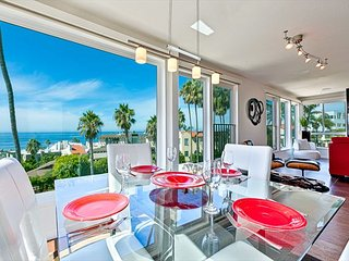 20% OFF NOV + DEC! Chic Penthouse w/ Expansive Ocean Views, Walk to Beach