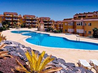 3 bedroomed duplex apartment in Playa la Arena 80, Puerto de Santiago