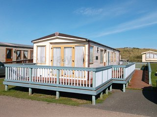 14 West Dunes Caravan at Perran Sands, Perranporth