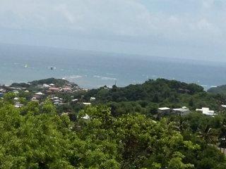 3 pieces Neuf dans villa vue mer panoramique