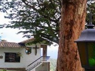 Casa de Campo, Cali, Bello Horizonte.
