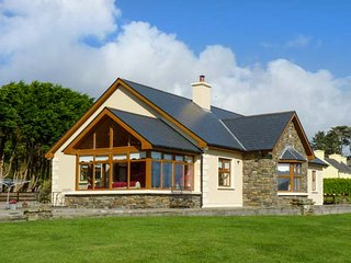 CAOLA NUA all ground floor, two sitting rooms, lovely views in Kilcrohane Ref 20