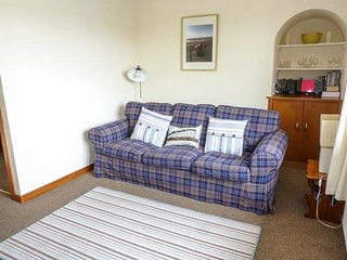 TROON APARTMENT, WiFi, seaside location, in Troon, Ref: 904587