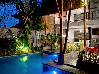 Villa Esha Villa Oberoi By Bali Villas Rus - Close to Eat street, Shop and Beach, Seminyak