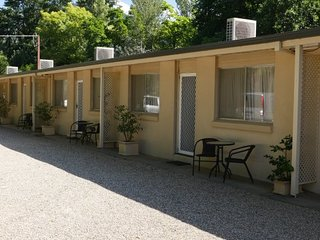 Adina Lodge Holiday Apartments 2 Bedroom Nandia Room (1-5 guests) min 3 nights - OTA, Bright