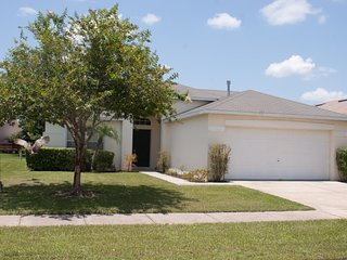 Beautifully Decorated Home with Pool ~ RA91146, Kissimmee