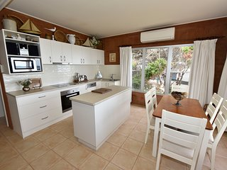 Fully equipped Kitchen with quality fittings