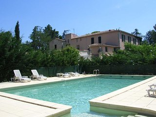 Le Préau holiday homes France sleeps 4, Tourbes