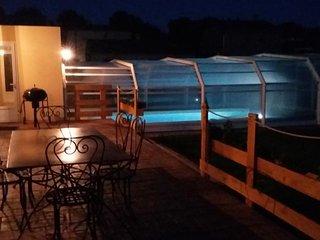 villa 84 m²  proche Bedoin (piscine chauffée/abri), Villes-sur-Auzon