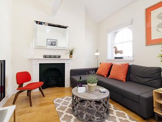Craven Terrace Cocoon apartment in Westminster with WiFi.