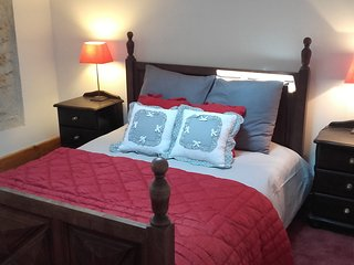 Beautiful restored cottage sleeps 6/8 pers