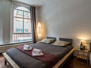 5 Min from Dam Square and Central Station B&B, Amsterdam