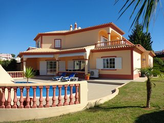 Casa Gloria, holidays villa in Carvoeiro, Algarve at Sesmarias Country Club