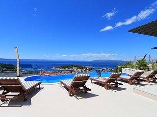 Luxury Villa Aphrodite Makarska w/ sea & city view