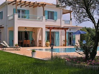 Seven Islands Villa Luxurious villa w/private pool, Spartia
