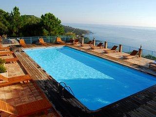 Location en bord de mer pour 4 personnes a Monte Marina. Vue mer panoramique