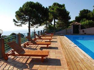 Location en bord de mer pour 2 personnes a Monte Marina. Vue mer panoramique