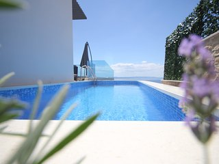 Villa Afrodita 2 - Luxury 5* Villa, 6 persons with private pool, jacuzzi