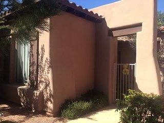 Very Nice Large 3 bedroom Town House in VOC - Colinas S021, Sedona