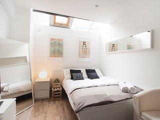 ** Hoxton Studio Flat 1, London