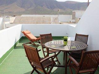 Apartment El Risco views in Caleta of Famara, Caleta de Famara
