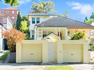 4 bedroom family home, Rose Bay