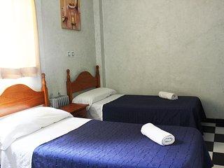 Centrico,Olavide Habitacion privada 12, Siviglia