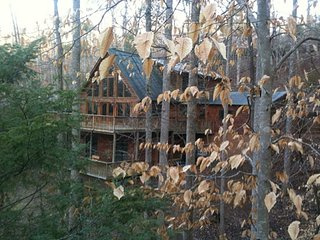 Chipmunk Trail Cabin: Lake Lure Log Cabin Rental
