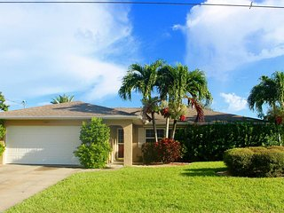 Villa Mary - Cape Coral Home in Great Location