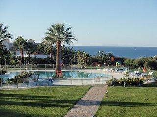 Holiday House close to beach with sea view, Mijas