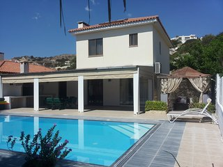 Superb, Pissouri Beach Villa, Private Pool, Apollonas Villa
