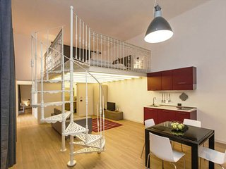 Two-bedroom apartment, Holló utca 15.