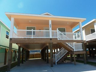 Calypso's Cottage, brand-new Island style home!, Port Aransas