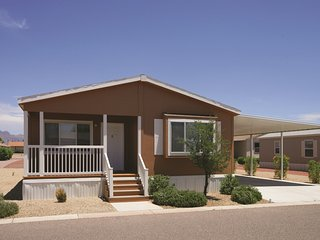 Two Bdrm Two Bath Cottage in Apache Junction