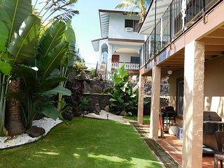 Waipahu Serene Retreat - w/ AC, great location