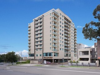 Waldorf Parramatta Apartment Hotel, Rosehill