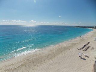 Departamento zona hotelera Cancun 3069