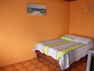 #5 Private Apartment with A/C, La Fortuna de San Carlos