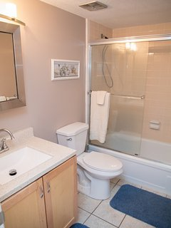 Newly renovated 2nd bathroom