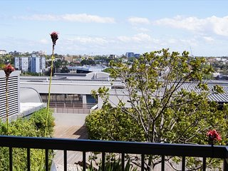 GO243 - Great One Bedroom Apartment With Balcony, Sídney