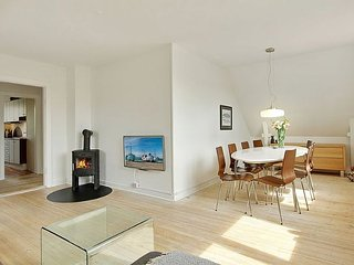 Cosy residential Copenhagen villa apartment with garden, Copenhague