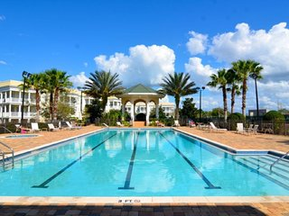 Beautiful 3Bed Condo at Reunion Resort, WiFi, Resort Pool, Mins to Parks!-7521