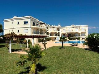 5 Absolute Beach Apartments